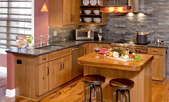 北欧原木厨房设计