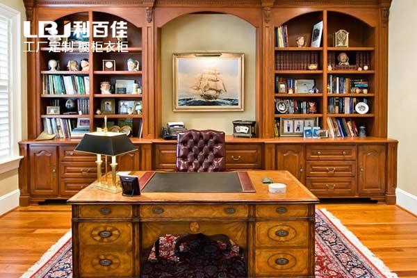 定制原木书柜,让木系书房清新又舒适~