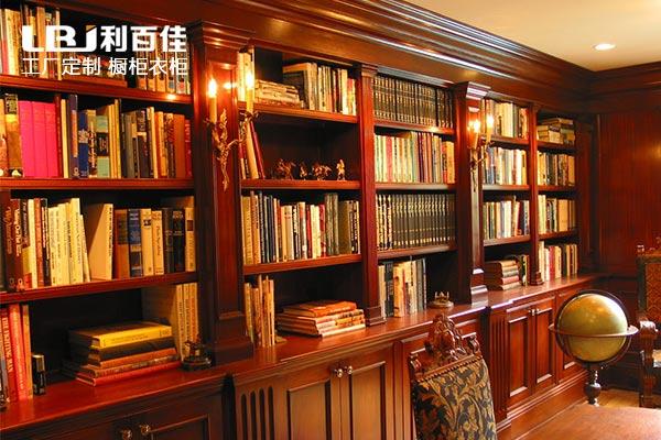 有书房空间书柜定制的打算就这样装,很赞!