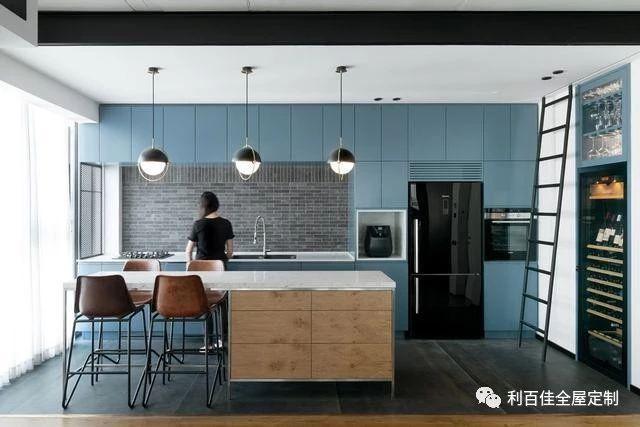 精美的蓝色厨房装修设计图片,收藏了!