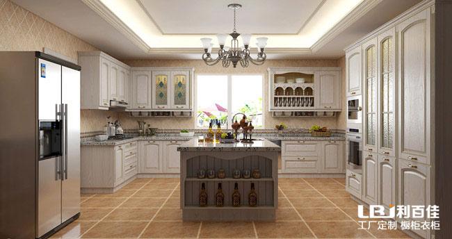 简欧风格厨房橱柜定制 感受家里的温馨