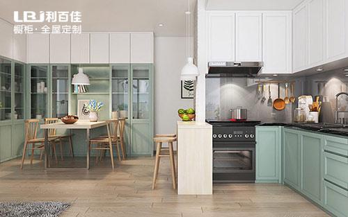 利百佳为您打造一个漂亮厨房橱柜设计效果