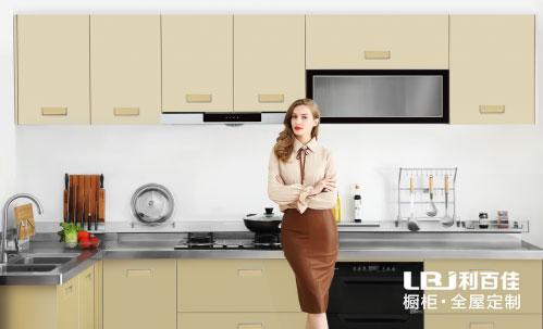 一套理想的厨房橱柜设计,这三点很重要