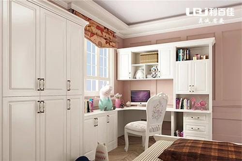 卧室飘窗与衣柜这样组合设计,让人十分惊喜