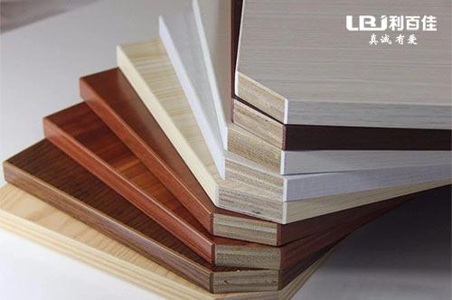 为什么要选择实木多层板做基材,看完你就知道了!
