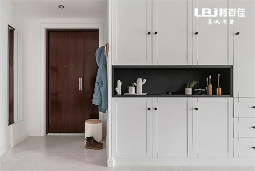 鞋柜这样设计 不仅美观实用而且大大节省室内空间